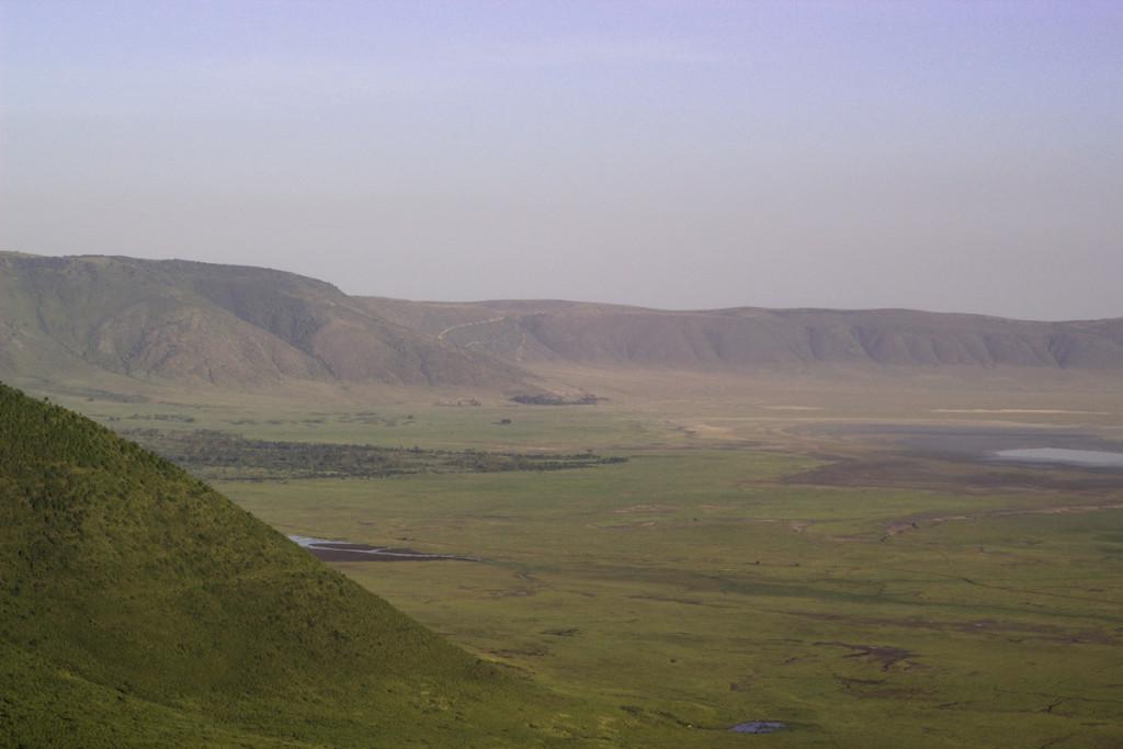 Crater + South Serengeti - Screen-3