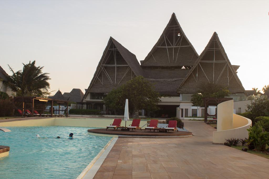 N Serengeti and Zanzibar - Web -40